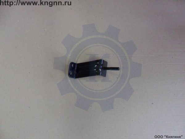Кронштейн переднего бампера Г-31029 правый