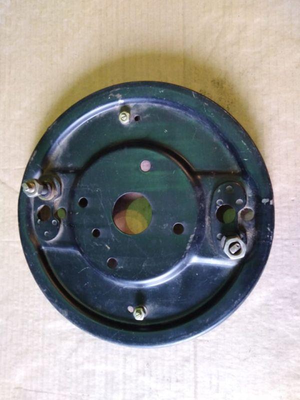 Щит переднего тормоза Г-2410 правый